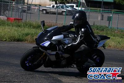 superbikecoach_corneringschool_2019april28_groupB_12
