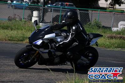 superbikecoach_corneringschool_2019april28_groupB_11