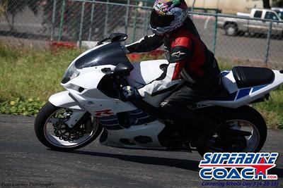 superbikecoach_corneringschool_2019april28_groupB_27