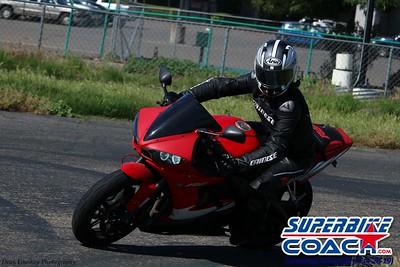 superbikecoach_corneringschool_2019april28_groupB_18