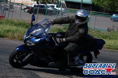 superbikecoach_corneringschool_2019april28_groupB_20