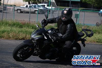 superbikecoach_corneringschool_2019april28_groupB_15