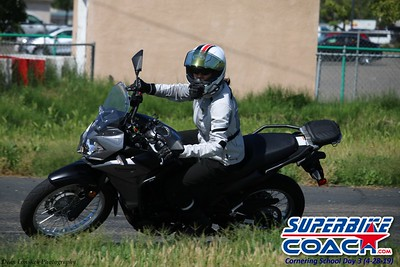 superbikecoach_corneringschool_2019APRIL28_groupC_13