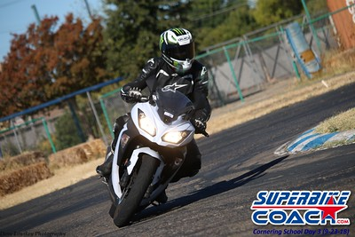 14superbikecoach_corneringschool_2018sept23_14