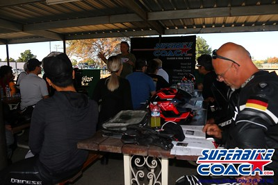 11superbikecoach_corneringschool_2018sept23_11