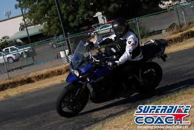 superbikecoach_corneringschool_2019sept08_GroupB_27