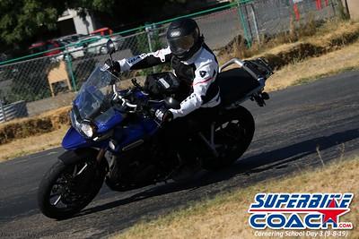 superbikecoach_corneringschool_2019sept08_GroupB_9