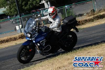 superbikecoach_corneringschool_2019sept08_GroupC_14