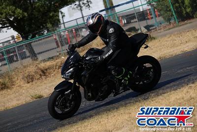 superbikecoach_corneringschool_2019sept08_GroupC_3