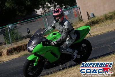 superbikecoach_corneringschool_2019sept08_GroupC_2