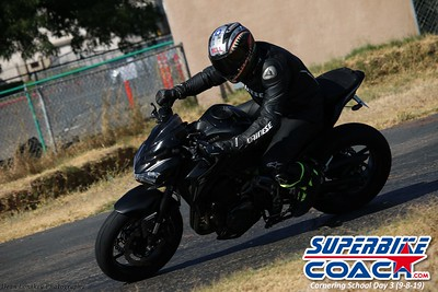 superbikecoach_corneringschool_2019sept08_GroupC_22