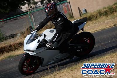 superbikecoach_corneringschool_2019sept08_GroupC_7