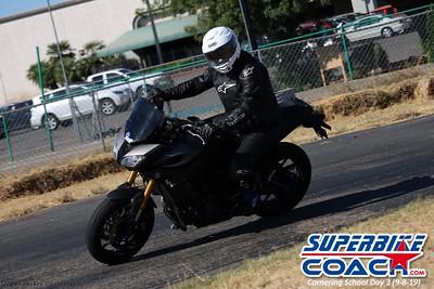 superbikecoach_corneringschool_2019sept08_GroupC_16