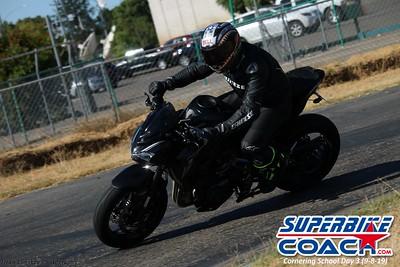 superbikecoach_corneringschool_2019sept08_GroupC_24