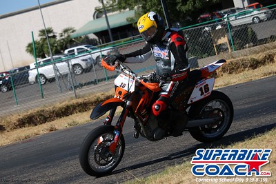 superbikecoach_corneringschool_2019sept08_GroupC_15
