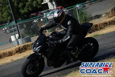 superbikecoach_corneringschool_2019sept08_GroupC_23
