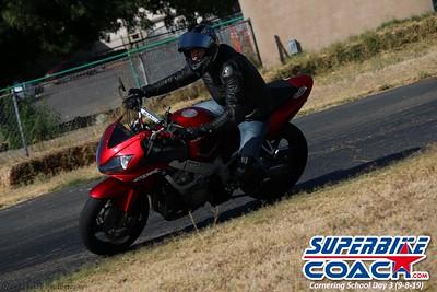 superbikecoach_corneringschool_2019sept08_GroupC_8