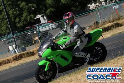 superbikecoach_corneringschool_2019sept08_GroupC_21