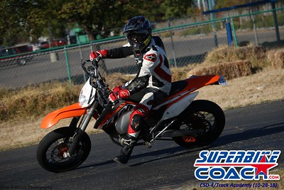 superbikecoach_corneringschool__trackacademy_2018oct28_5