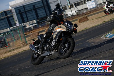 superbikecoach_corneringschool__trackacademy_2018oct28_10