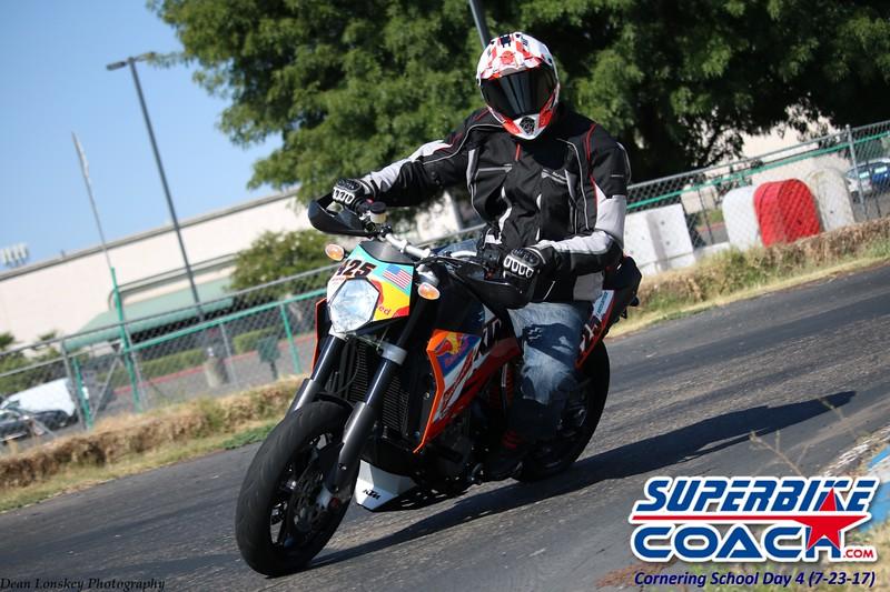 superbikecoach_corneringschool_2017july23_7