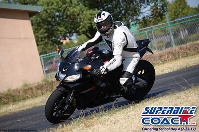 superbikecoach_corneringschool_2017july23_24