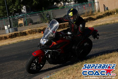superbikecoach_track_academy_2019october06_GroupA_4