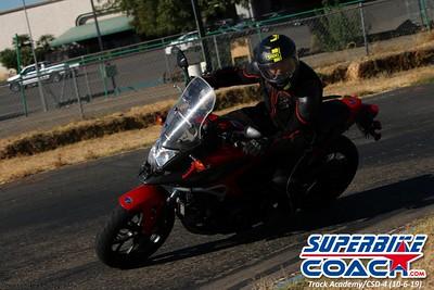superbikecoach_track_academy_2019october06_GroupA_24