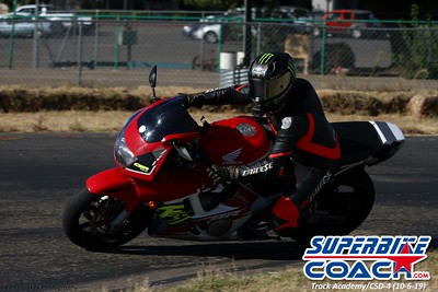superbikecoach_track_academy_2019october06_GroupB_8