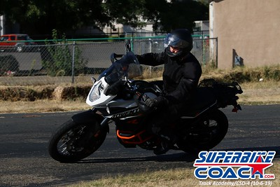 superbikecoach_track_academy_2019october06_GroupB_9