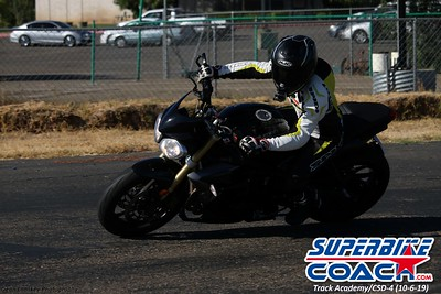 superbikecoach_track_academy_2019october06_GroupB_6