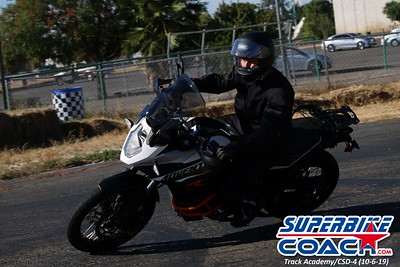 superbikecoach_track_academy_2019october06_GroupB_27