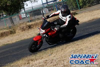 superbikecoach_track_academy_2019october06_GroupC_15