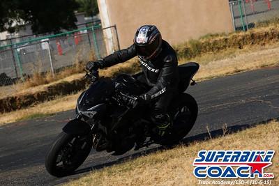 superbikecoach_track_academy_2019october06_GroupC_2