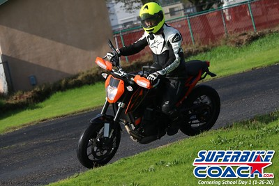 superbikecoach_corneringschool_2020_january26_GroupB_28