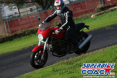 superbikecoach_corneringschool_2020_january26_GroupB_24