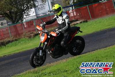 superbikecoach_corneringschool_2020_january26_GroupB_27