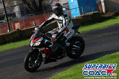 superbikecoach_corneringschool_2020_january26_GroupB_13