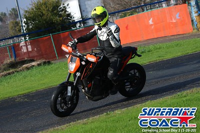 superbikecoach_corneringschool_2020_january26_GroupB_12