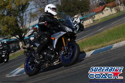 superbikecoach_corneringschool_2019january27_28