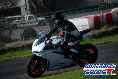 superbikecoach_corneringschool_2019january27_14