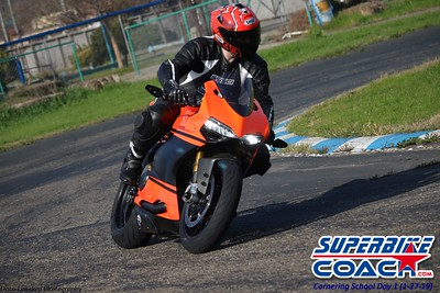 superbikecoach_corneringschool_2019january27_5