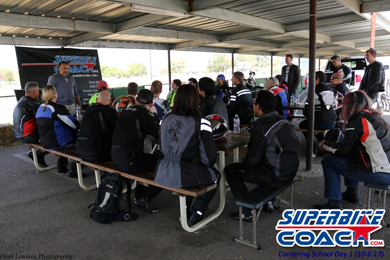 superbikecoach_corneringschool_2017october8_9