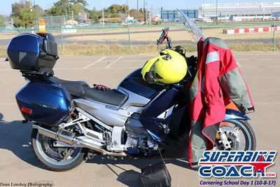 superbikecoach_corneringschool_2017october0812_