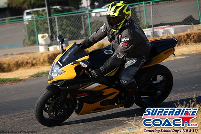 superbikecoach_corneringschool_2017october0810_