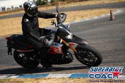 superbikecoach_corneringschool_2017october08104_