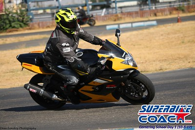 superbikecoach_corneringschool_2017october08114_