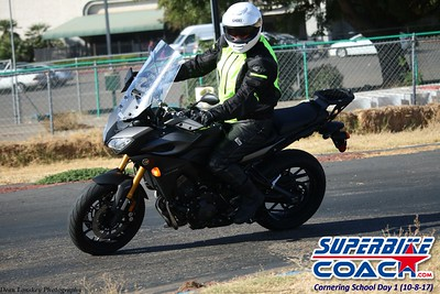 superbikecoach_corneringschool_2017october08_11