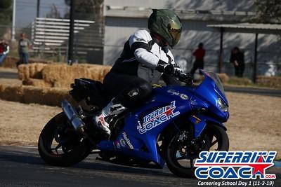 superbikecoach_corneringschool_2019novemeber03_GroupA_15