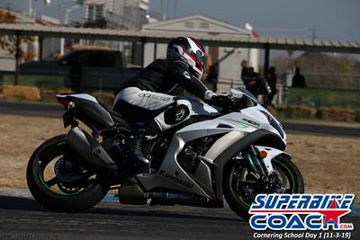 superbikecoach_corneringschool_2019novemeber03_GroupA_6